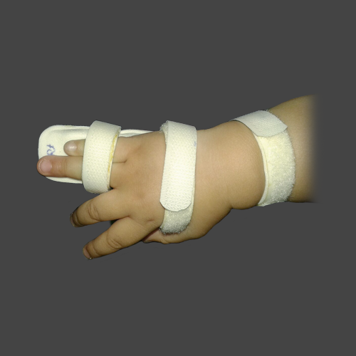 JRCO NAKOO SPLINT WITH PALM SUPPORT FOR CHILD